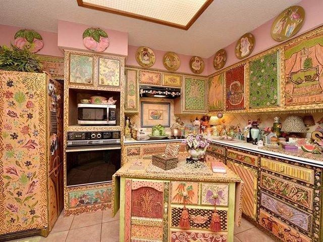 Цей незатишний будинок продають за космічні гроші - фото 326599