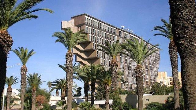 Як виглядає незвичайний перевернутий готель в Тунісі - фото 326682