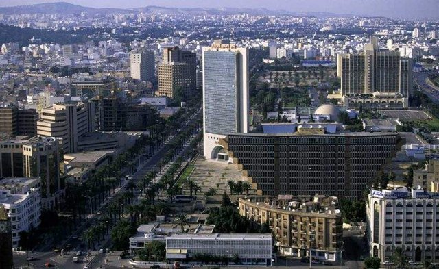 Як виглядає незвичайний перевернутий готель в Тунісі - фото 326683