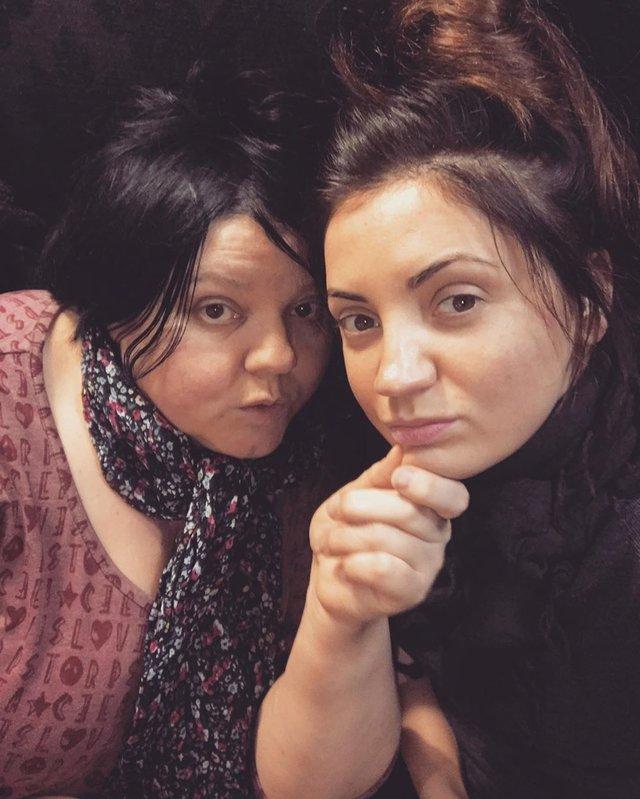 Оля Цибульська з її матусею - фото 327052