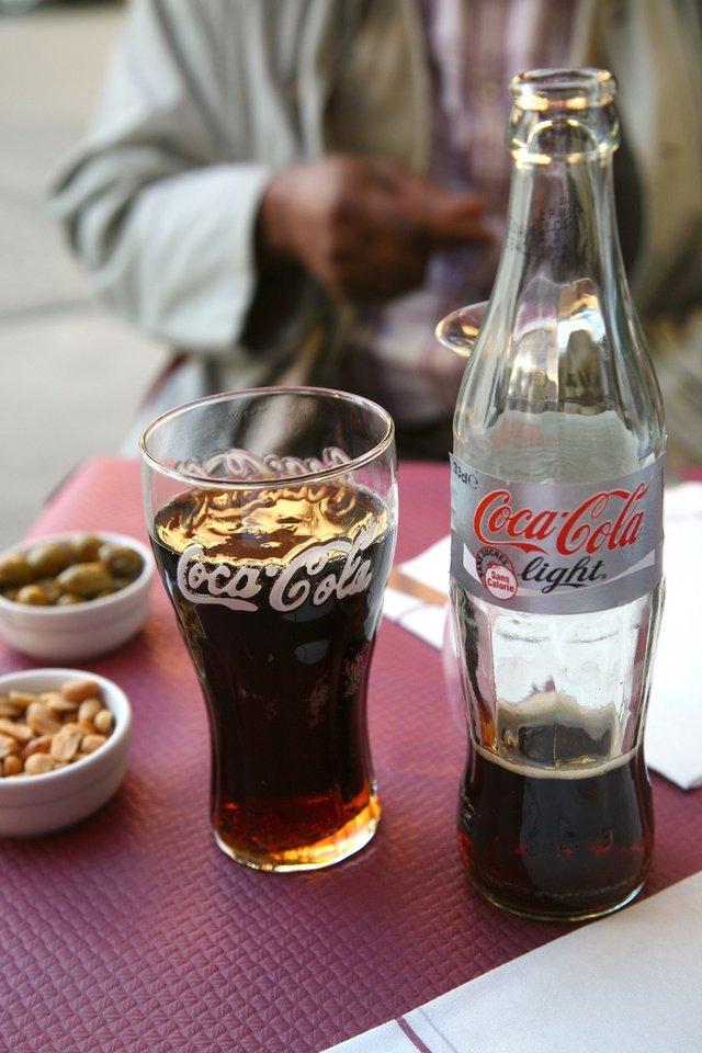Дієтична Coca-cola змушує їсти більше - фото 327174