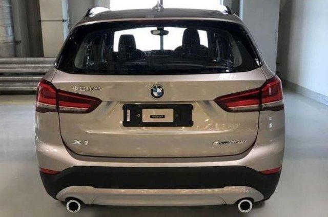 У мережі з'явилися перші фото оновленого BMW X1 - фото 327923