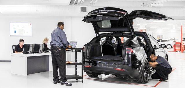 У Tesla будуть перевіряти кожну статтю витрат - фото 328411