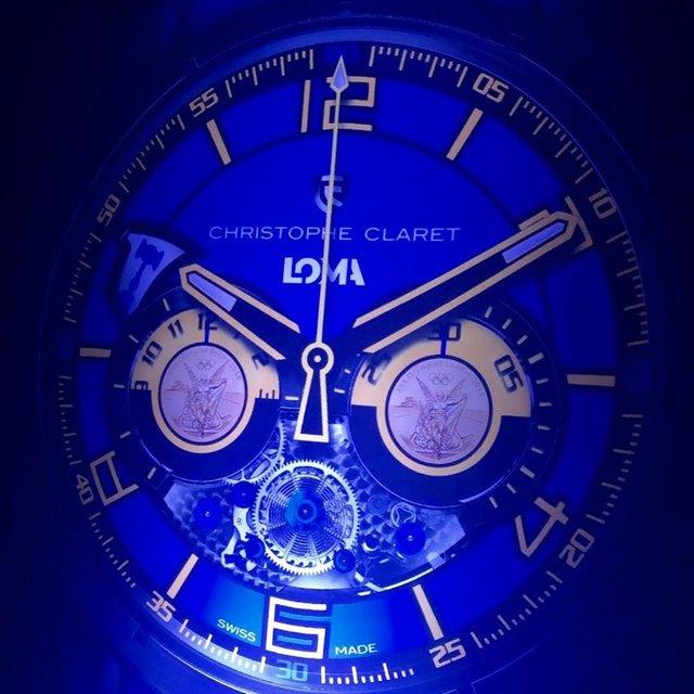 Відомий бренд годинників створив унікальну модель для Ломаченка - фото 328998