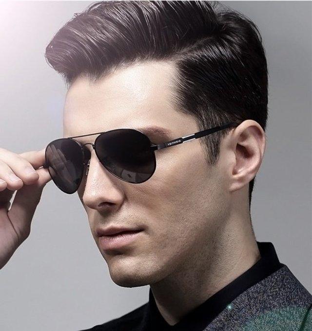 Як носити чоловічі сонцезахисні окуляри: правила етикету та трендові оправи - фото 329099