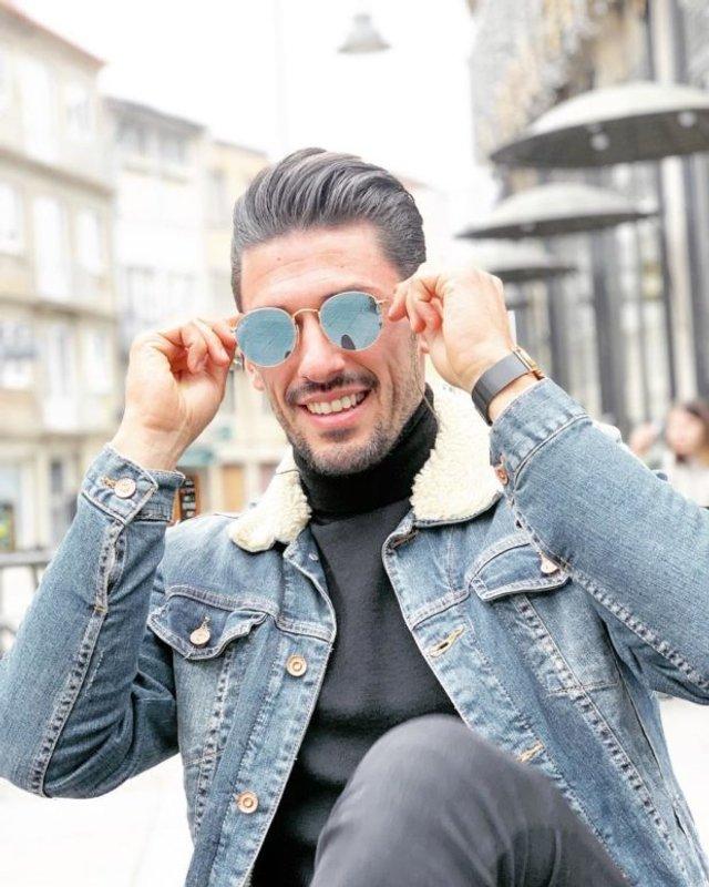 Як носити чоловічі сонцезахисні окуляри: правила етикету та трендові оправи - фото 329115