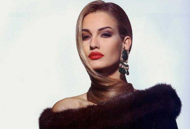 Моделі 90-х: як змінилася ангел Victoria's Secret Карен Мюлдер (18+) - фото 329149