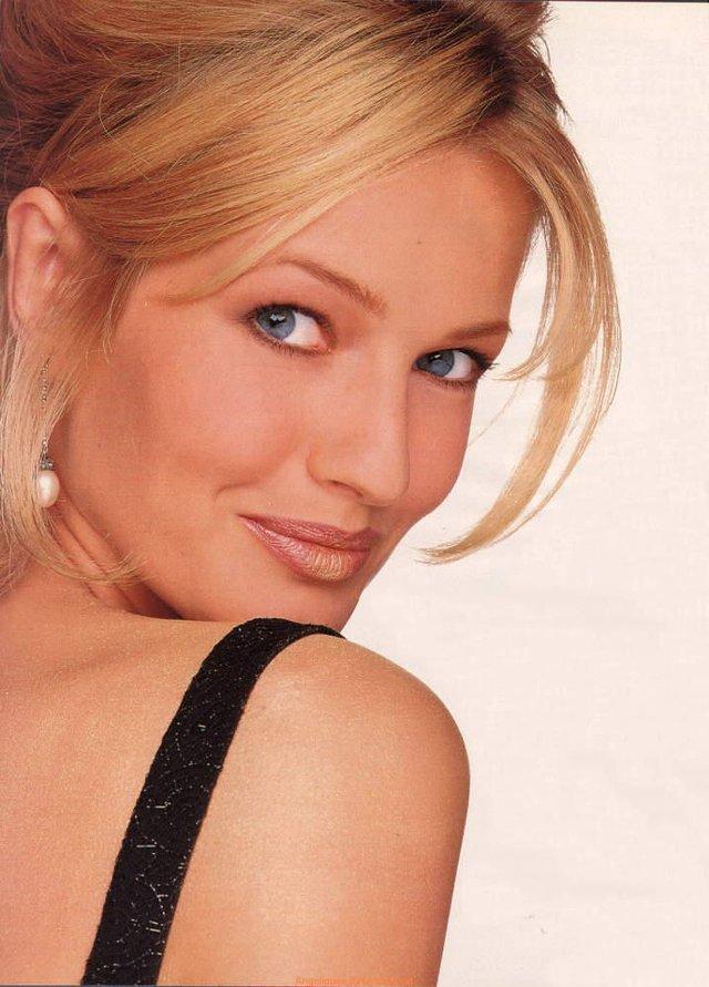 Моделі 90-х: як змінилася ангел Victoria's Secret Карен Мюлдер (18+) - фото 329164