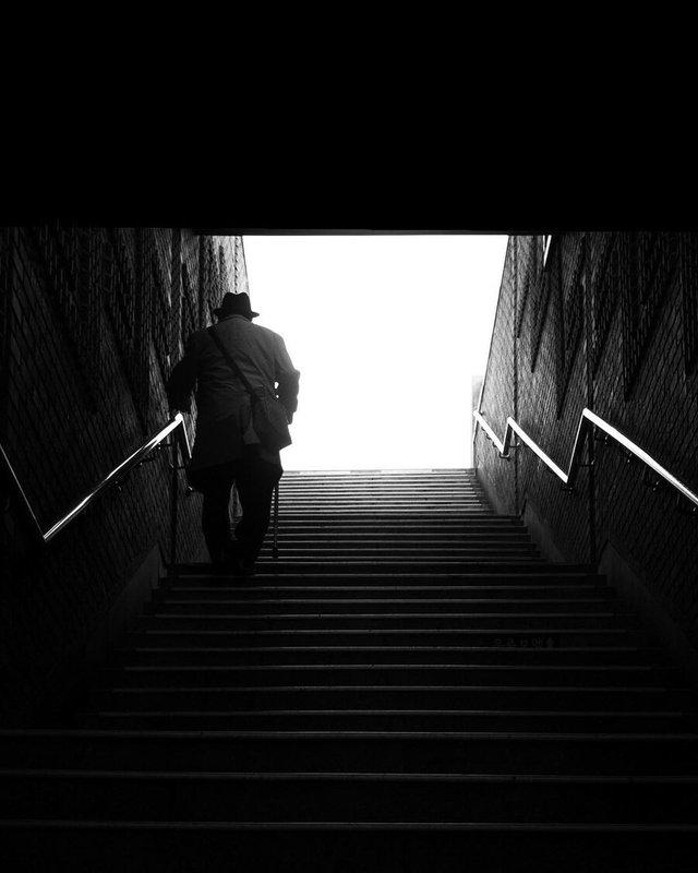 Життя у Сеулі: вуличні фото, які приковують погляд - фото 329456