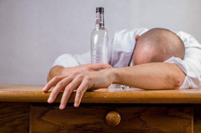 Ось як не допустити алкогольної залежності - фото 329755