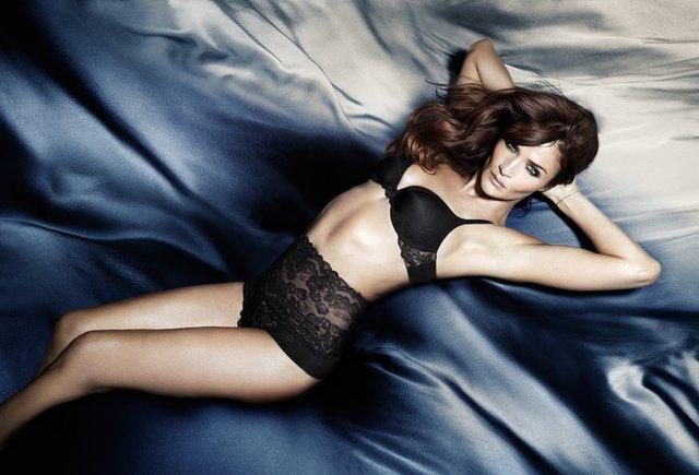 Моделі 90-х: як змінилася найсексуальніша данка Хелена Крістенсен (18+) - фото 330159