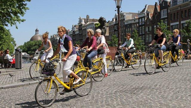 В Амстердамі цілий культ велосипедів - фото 330598