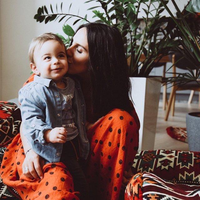 Джамала розповіла, як виховує свого синочка - фото 331171