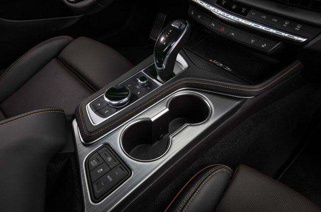 Cadillac представив два 'заряджені' седани - фото 331190