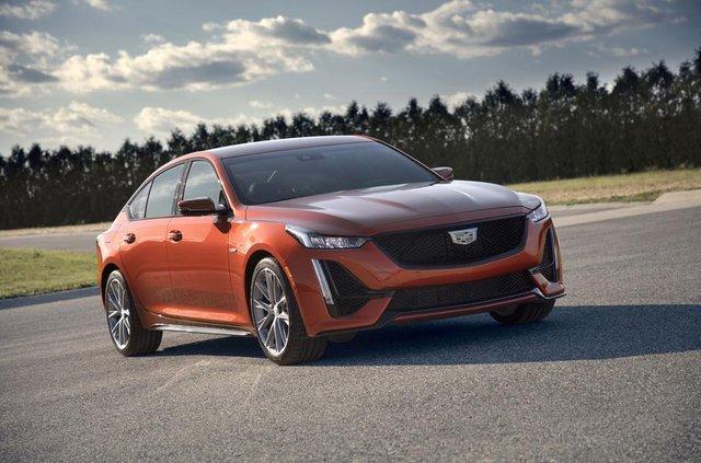 Cadillac представив два 'заряджені' седани - фото 331191