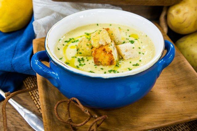 Суп допоможе наситити організм - фото 331211