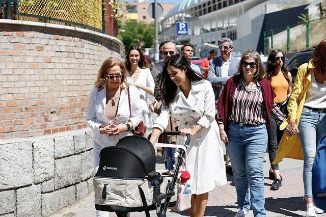 В Іспанії знайшли двійника Меган Маркл: ажіотаж в мережі - фото 331276