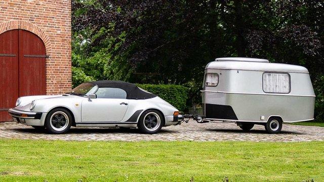 Тягач на мільйон: німець подорожує у фургончику, який везе Porsche 911 Speedster - фото 331437