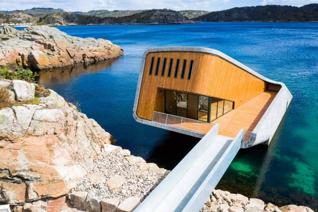 У Норвегії відкрили перший в Європі підводний ресторан - фото 331500