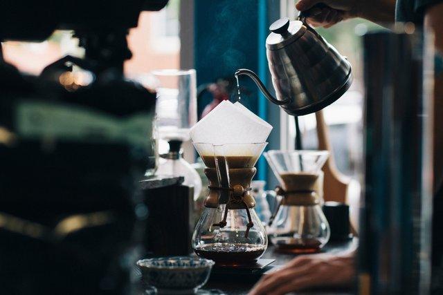 Скільки горнят кави можна пити - фото 331830
