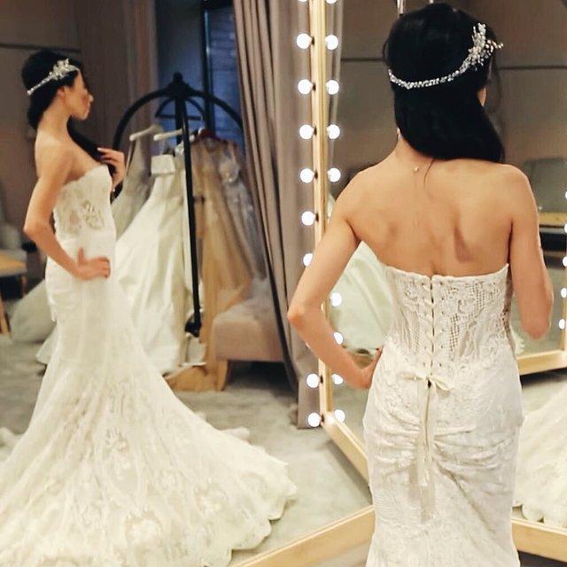 Катерина Кухар показала себе у весільній сукні - фото 332319