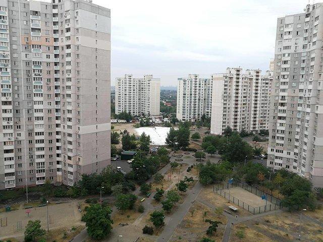 У мережі показали, як знімали сцену з Чорнобиля на Троєщині - фото 332611