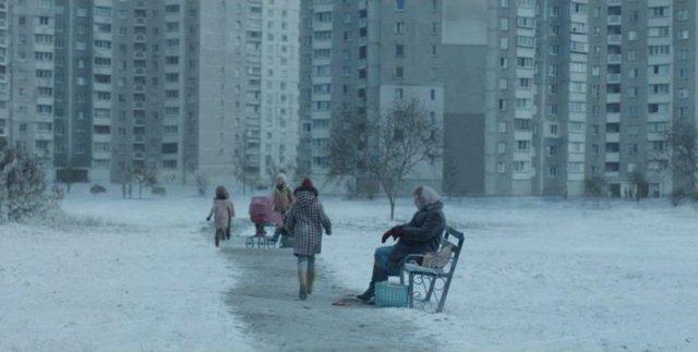 У мережі показали, як знімали сцену з Чорнобиля на Троєщині - фото 332617