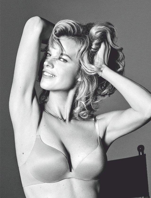 Моделі 90-х: як змінилася найсексуальніша чешка Єва Герцигова (18+) - фото 332677