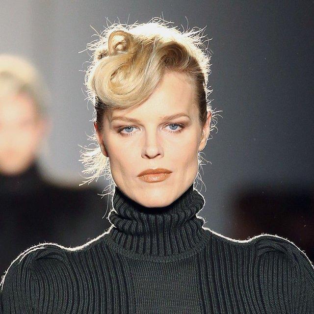 Моделі 90-х: як змінилася найсексуальніша чешка Єва Герцигова (18+) - фото 332679