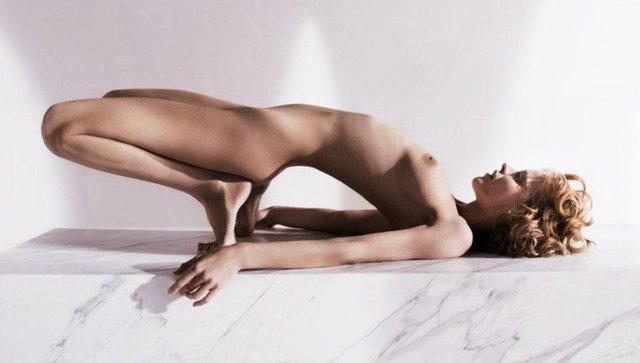 Моделі 90-х: як змінилася найсексуальніша чешка Єва Герцигова (18+) - фото 332681