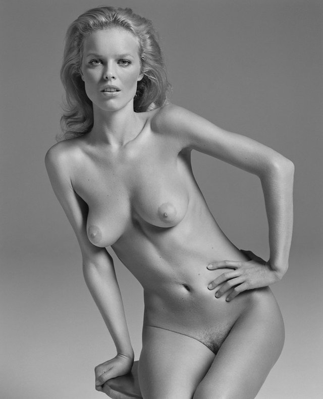 Моделі 90-х: як змінилася найсексуальніша чешка Єва Герцигова (18+) - фото 332684