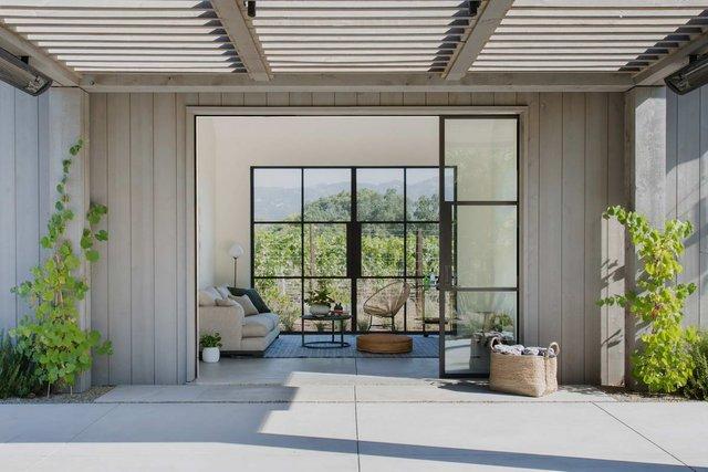 Як виглядає ідеальний дім для пари сучасних пенсіонерів: ефектні фото - фото 333171