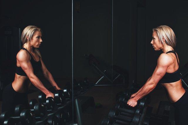 Як тренування впливають на жінок - фото 333201