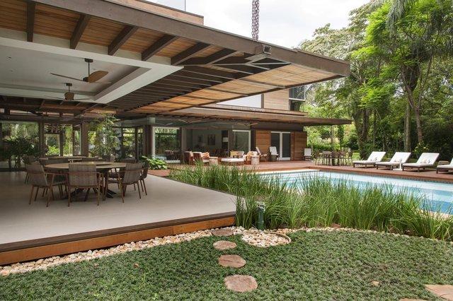 Архітектори створили розкішну тропічну віллу в Бразилії: фото - фото 333468