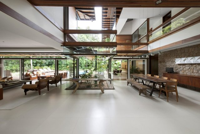 Архітектори створили розкішну тропічну віллу в Бразилії: фото - фото 333472