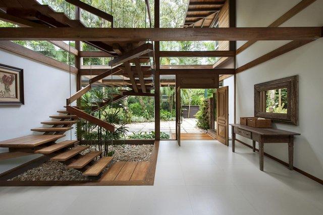 Архітектори створили розкішну тропічну віллу в Бразилії: фото - фото 333480