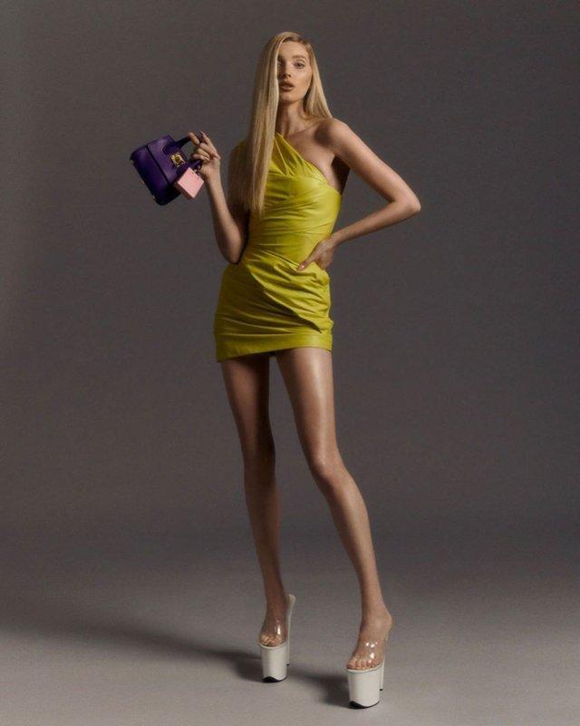 Сексуальна модель Ельза Хоск знялася напівоголеною: пікантні фото (18+) - фото 333500