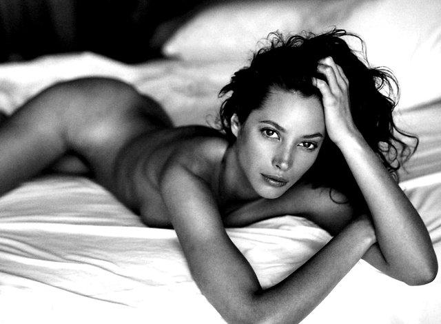 Моделі 90-х: як змінилася гаряча американка Крісті Тарлінгтон (18+) - фото 333957