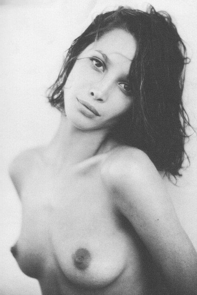 Моделі 90-х: як змінилася гаряча американка Крісті Тарлінгтон (18+) - фото 333960