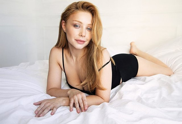 Тіна Кароль у ліжку - фото 334315