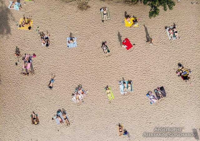 Пляжний сезон у Києві в яскравих знімках - фото 334373