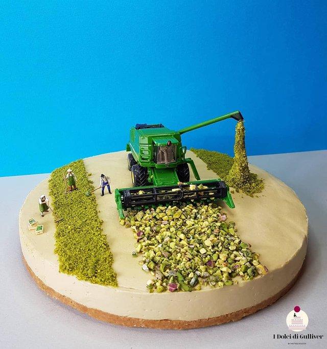 Кондитер перетворює десерти в мініатюрні світи: смачні знімки - фото 334954