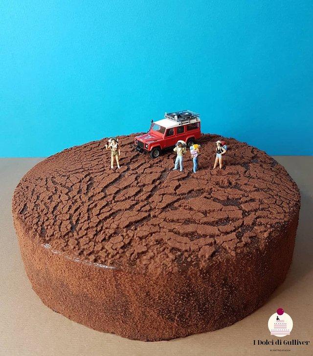 Кондитер перетворює десерти в мініатюрні світи: смачні знімки - фото 334961