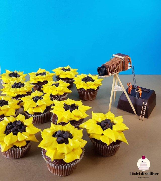 Кондитер перетворює десерти в мініатюрні світи: смачні знімки - фото 334968