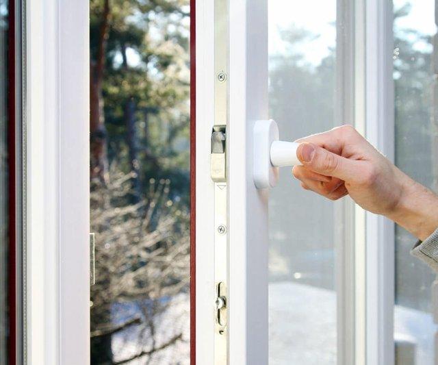 Переведіть вікно у зимовий/літній режим - фото 335190