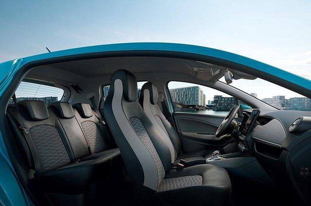 Французи представили оновлений Renault Zoe: оновлений салон і підвищена автономність - фото 335215
