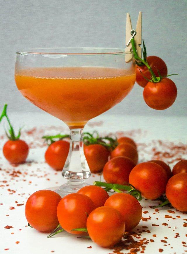 Чому корисно пити томатний сік - фото 335413
