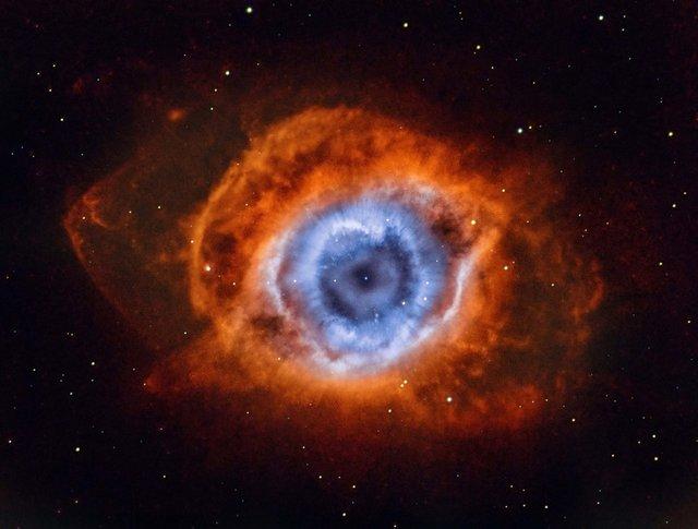 Deep in the Heart of Mordor — NGC 7293 ('Глибоко у серці Мордора — NGC 7293') / Andrew Campbell - фото 335503