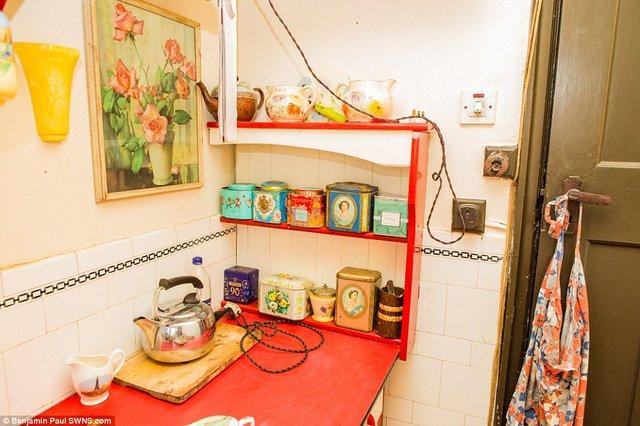 Британець трансформував свою квартиру у стилі 1930-х років - фото 335863
