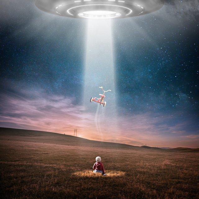 Вперше офіційно написали про НЛО - фото 335944
